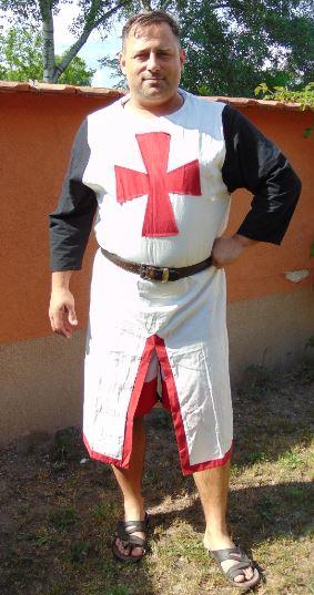 Keresztes lovag tunika 2.