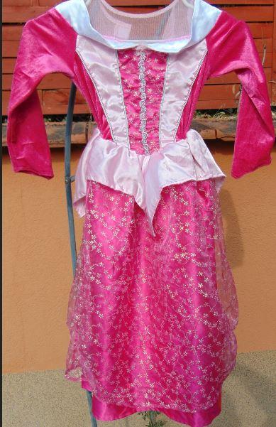 Hercegnős ruha 2. (5-6)