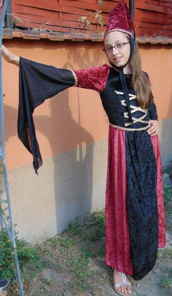 Reneszánsz ruha (9-11 éves/S)